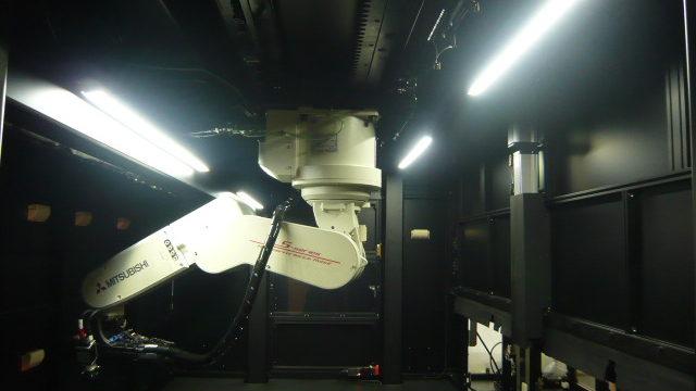 光沢塗装面外観検査装置